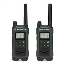 Motorola Talkabout T465 Rechargeable Two-Way Radio Bundle (Green)