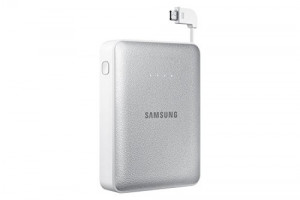 Samsung 8,400mAh Battery Pack with Integrated Micro-USB Cord